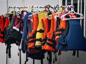 gilet sauvetage flottabilité harnais amazon navigation disponible sport
