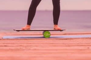 Balance board avec rouleau et planche