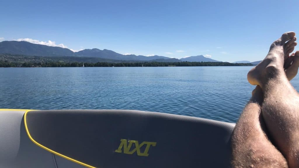bateau eau bateaux wakeboard wakesurf glisse niveau stock bord tailles prix achat