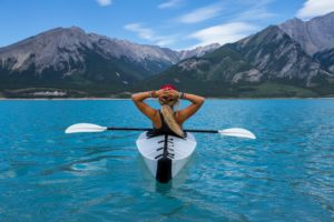 pratique fédération compétition canoë sports dragon rivière france embarcation physiques